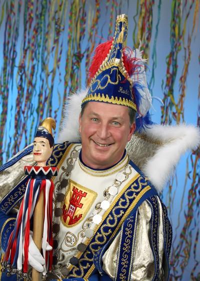 """""""Prinz Henki I. vom Fass, bringt Stimmung und Spass"""""""